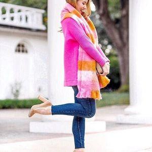 Gorgeous scarf!